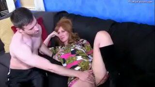Sleping mom